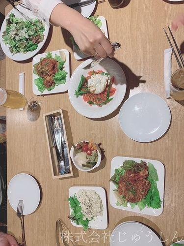 日吉の洋食レストランで歓迎会の前菜