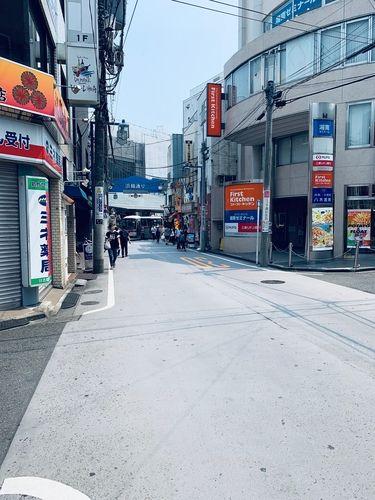東急東横線日吉駅側の風景です。