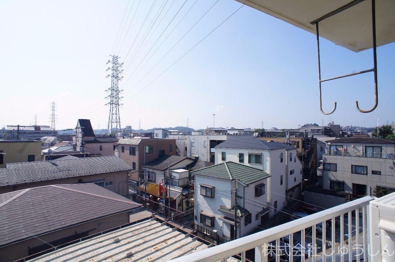 南武線「武蔵新城」駅より徒歩3分のリノベーション済みのお部屋です。